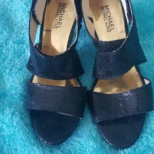 MICHAEL Michael Kors BLACK sandals size 7